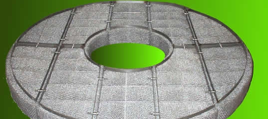 One stainless steel wire mesh demister pad with top and bottom bars.